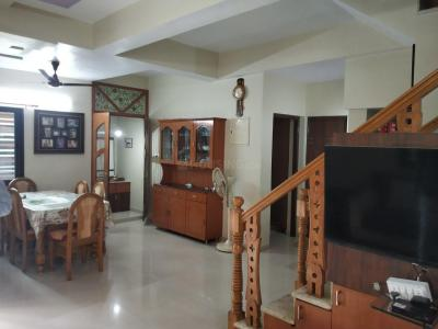 Gallery Cover Image of 1800 Sq.ft 4 BHK Independent House for buy in Thaltej for 21500000