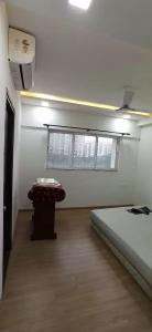 Gallery Cover Image of 2100 Sq.ft 3 BHK Apartment for rent in Kukatpally for 55000