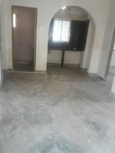 Gallery Cover Image of 650 Sq.ft 2 BHK Apartment for rent in Mukundapur for 8000