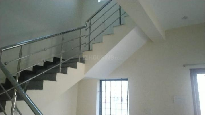 Staircase Image of 3200 Sq.ft 3 BHK Villa for rent in Thatchoor for 20000