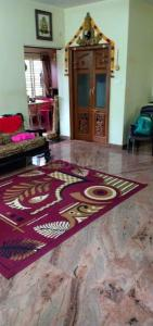 Gallery Cover Image of 2200 Sq.ft 4 BHK Independent House for rent in J P Nagar 8th Phase for 25000