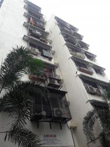 Gallery Cover Image of 1250 Sq.ft 2 BHK Apartment for rent in Parel for 72000