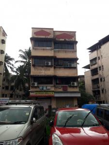 Gallery Cover Image of 570 Sq.ft 1 BHK Apartment for rent in Kanjurmarg East for 20000
