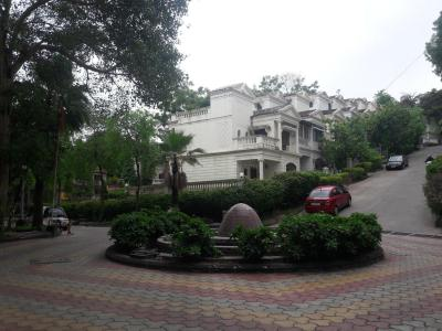 Gallery Cover Image of 1700 Sq.ft 2 BHK Independent House for rent in Palace Orchard CHS, Mohammed Wadi for 18000