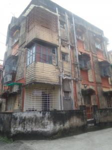 Gallery Cover Image of 500 Sq.ft 1 BHK Apartment for rent in Paschim Putiary for 5500