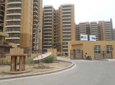 Gallery Cover Image of 220 Sq.ft 1 RK Apartment for buy in Sector 37D for 670000