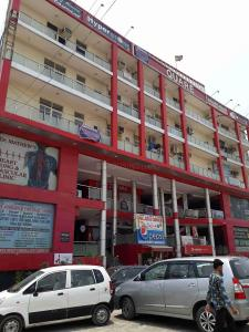 Gallery Cover Image of 240 Sq.ft 2 BHK Apartment for rent in sector 73 for 25000