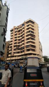 Gallery Cover Image of 950 Sq.ft 2 BHK Apartment for rent in Andheri West for 8500