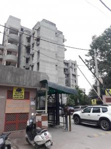 Gallery Cover Image of 1400 Sq.ft 3 BHK Apartment for rent in Pitampura for 30000