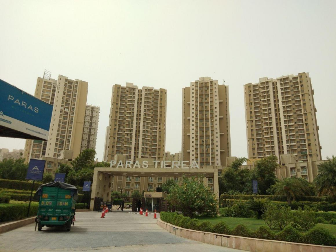 Building Image of 1350 Sq.ft 2 BHK Apartment for rent in Sector 137 for 17000