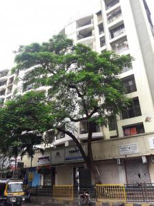 Gallery Cover Image of 1400 Sq.ft 3 BHK Apartment for buy in Mandapeshwar kripa, Borivali West for 22500000