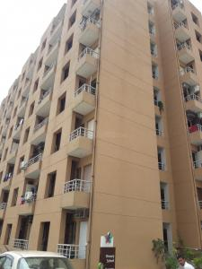 Gallery Cover Image of 2438 Sq.ft 3 BHK Apartment for rent in Sector 61 for 44000