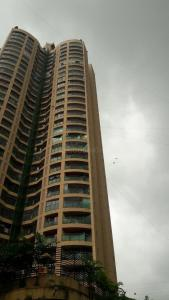 Gallery Cover Image of 1250 Sq.ft 2 BHK Apartment for rent in Kandivali East for 37000