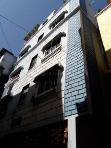 Gallery Cover Image of 700 Sq.ft 1 BHK Apartment for rent in Andheri West for 7000