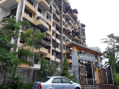 Gallery Cover Image of 1435 Sq.ft 3 BHK Apartment for buy in Kalyan West for 8500000