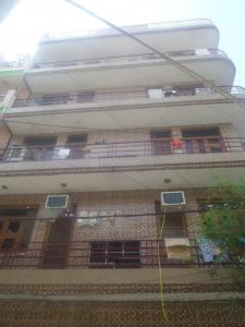 Gallery Cover Image of 500 Sq.ft 2 BHK Independent Floor for rent in New Ashok Nagar for 12000