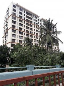 Gallery Cover Image of 1400 Sq.ft 3 BHK Apartment for rent in Goregaon West for 55000