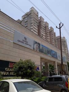 Gallery Cover Image of 1195 Sq.ft 2 BHK Apartment for rent in Sector 74 for 16000