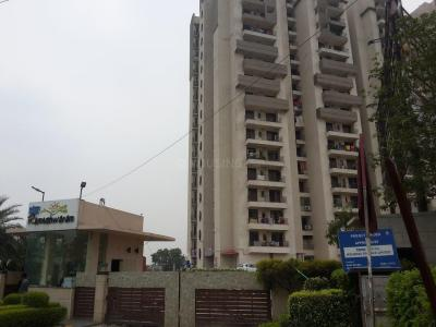 Gallery Cover Image of 1000 Sq.ft 2 BHK Apartment for rent in Star Realcon Group Rameshwaram, Raj Nagar Extension for 7500