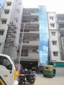 Gallery Cover Image of 1550 Sq.ft 3 BHK Apartment for rent in 5th Phase for 25000