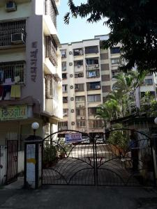 Gallery Cover Image of 950 Sq.ft 2 BHK Apartment for rent in Borivali West for 30000