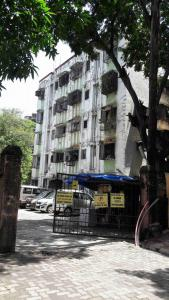 Gallery Cover Image of 1250 Sq.ft 2 BHK Apartment for rent in Kandivali West for 35000