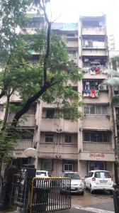 Gallery Cover Image of 1000 Sq.ft 2 BHK Apartment for rent in Mulund West for 30000