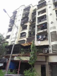 Gallery Cover Image of 650 Sq.ft 1 BHK Apartment for rent in Chamunda Heritage, Vile Parle East for 45000