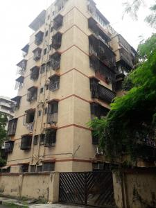 Gallery Cover Image of 800 Sq.ft 2 BHK Apartment for buy in Andheri East for 27000000
