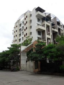 Gallery Cover Image of 1500 Sq.ft 3 BHK Apartment for rent in Undri for 25000