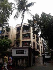 Gallery Cover Image of 800 Sq.ft 2 BHK Apartment for buy in Goregaon West for 15200000