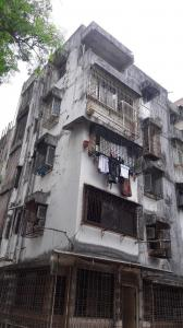 Gallery Cover Image of 425 Sq.ft 1 BHK Apartment for rent in Kandivali East for 23500