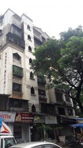 Gallery Cover Image of 600 Sq.ft 1 BHK Apartment for rent in Gokul Heights, Kandivali East for 20000