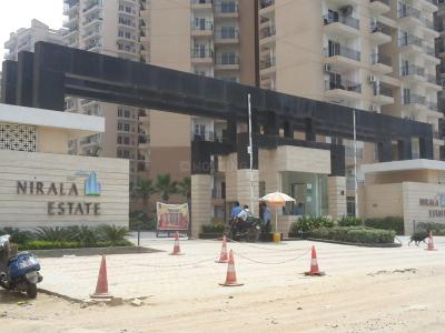 Gallery Cover Image of 1760 Sq.ft 3 BHK Apartment for rent in Nirala Estate, Noida Extension for 10000
