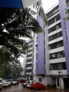 Gallery Cover Image of 600 Sq.ft 1 BHK Apartment for rent in Divya Stuti CHS, Goregaon East for 29000