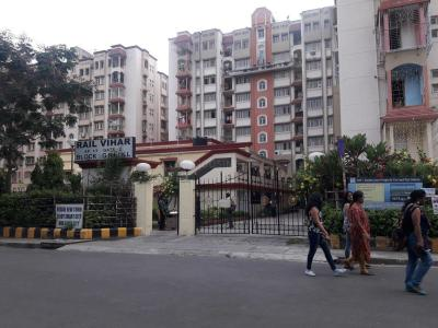 Gallery Cover Image of 1000 Sq.ft 2 BHK Independent Floor for rent in IRWO Rail Vihar, New Town for 16000