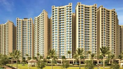 Gallery Cover Image of 1100 Sq.ft 2 BHK Apartment for rent in Gurukrupa Marina Enclave, Malad West for 36000