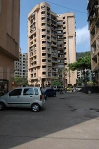 Gallery Cover Image of 750 Sq.ft 2 BHK Independent Floor for rent in Ajmera Yogi Hills, Mulund West for 28000
