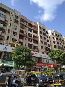 Gallery Cover Image of 500 Sq.ft 1 BHK Independent House for rent in Neminath Apartment, Bhayandar West for 32000