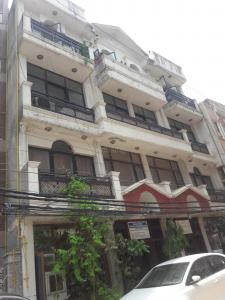 Gallery Cover Image of 600 Sq.ft 1 BHK Independent Floor for rent in RWA Sant Nagar, Sant Nagar for 16000