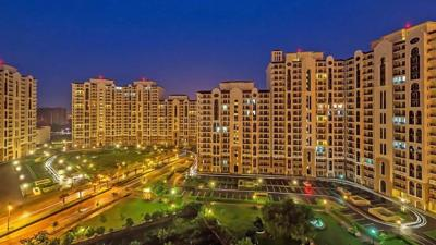 Gallery Cover Image of 2750 Sq.ft 4 BHK Apartment for rent in DLF New Town Heights 1, Sector 90 for 20000