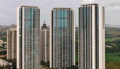 Gallery Cover Image of 1800 Sq.ft 3 BHK Apartment for rent in Oberoi Esquire, Goregaon East for 120000