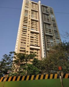 Gallery Cover Image of 2100 Sq.ft 3 BHK Apartment for rent in Mahindra Belvedere Court, Mumbai Central for 165000