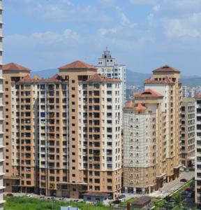 Gallery Cover Image of 650 Sq.ft 1 BHK Apartment for buy in K Raheja Palm Spring, Malad West for 10500000