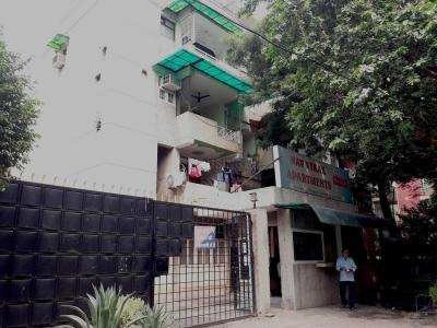 Gallery Cover Image of 1300 Sq.ft 3 BHK Apartment for buy in Nav Vikas Apartments, Sector 15 Rohini for 19000000