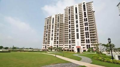 Gallery Cover Image of 2200 Sq.ft 4 BHK Apartment for rent in DLF New Town Heights 3, Sector 91 for 18500
