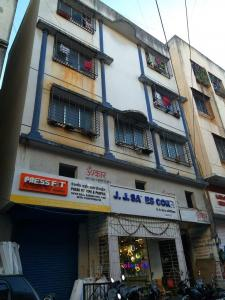 Gallery Cover Image of 600 Sq.ft 1 RK Apartment for buy in Omkar Apartment, Budhwar Peth for 60000000