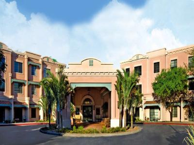 Gallery Cover Pic of Anandam Retirement Community