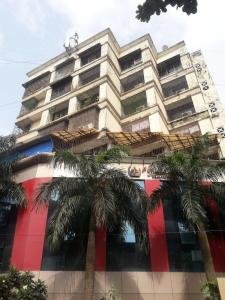 Gallery Cover Image of 3000 Sq.ft 4 BHK Apartment for rent in Krimson Park, Andheri West for 155000