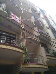 Gallery Cover Image of 800 Sq.ft 2 BHK Apartment for rent in Sai Apartments 2, Sector 49 for 8000